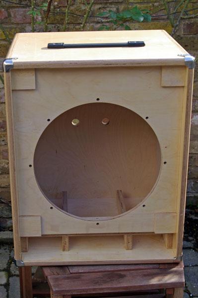 Build Your Own Bass Guitar Speaker Cabinet | memsaheb.net